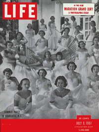 Life_july_1951_debutantes